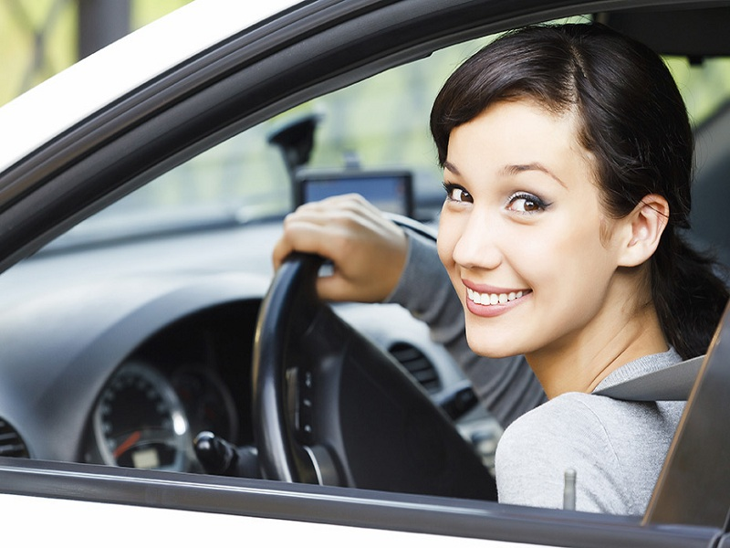 How Can I Get A UAE Driving License?